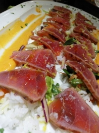 Delicioso tataki de atún en Badajoz