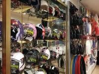 MOTOSHOP: Recambio de motos, scooter, maxiescoter, quad, y bicicletas en Badajoz. Venta de repuestos y accesorios para moto, bicicleta y quad en Badajoz. Reparación y puesta a punto de bicicletas en Badajoz.