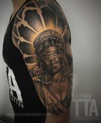 Estudio de tatuajes en badajoz, TORRADO TATTOO ART, micropigmentación y eliminación de tatuajes en badajoz,especialista en realismo blanco y negro en badajoz